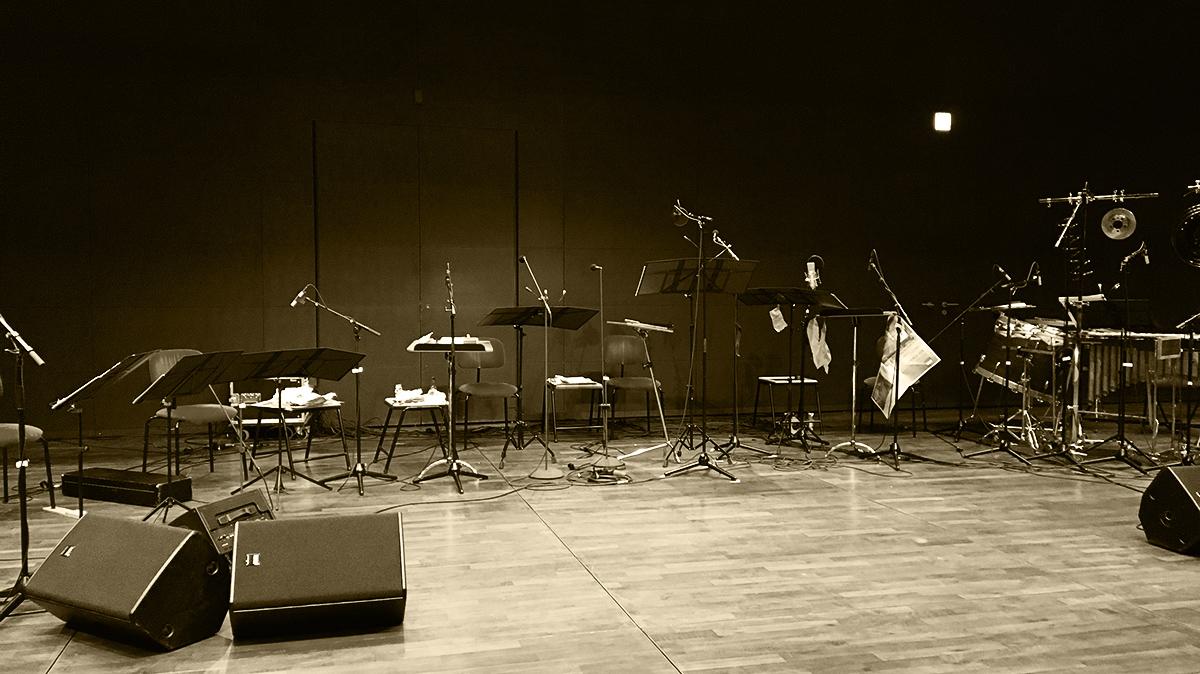 Bühne ohne Musiker zum Cadavre Exquis im Konzerthaus Berlin