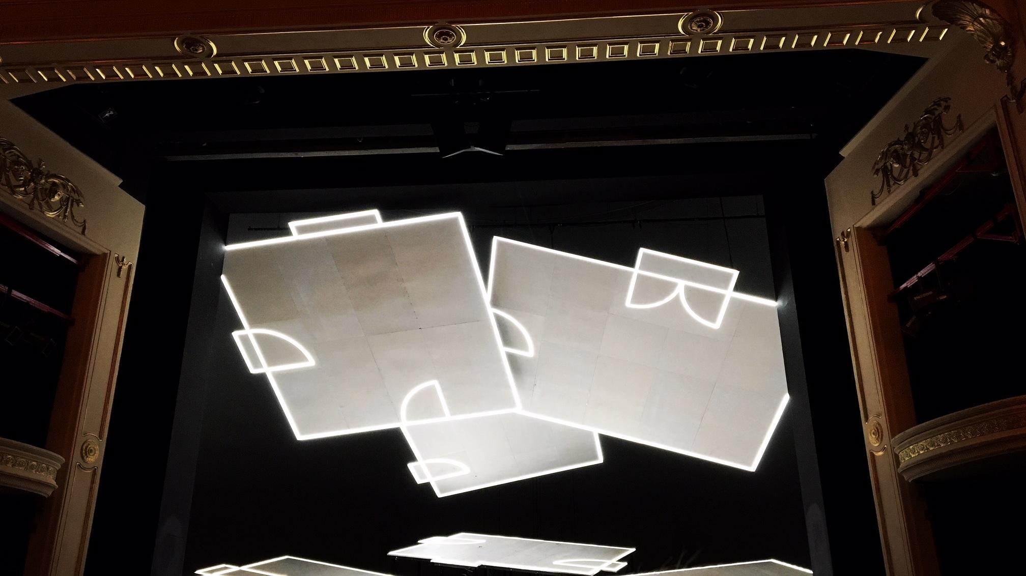 Bühnenbild von Wolfgang Menardi für Gutmenschen
